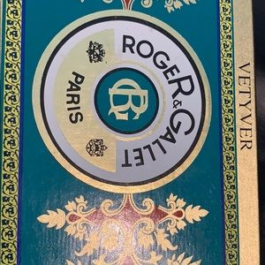 Roger & Gallet Vetyver individually wrapped soaps